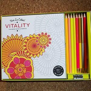 Adult coloring book & pencil set